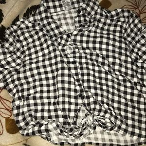 American Apparel crop top shirt